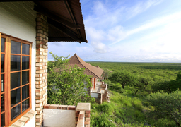 csm_Etosha-Safari-Lodge03_fcf5d434be